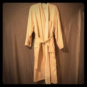 Bellagio Hotel robe terry cloth center/poly shell